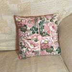 Cushion: Flower Pattern