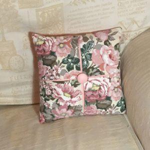Cushion: Flower Pattern
